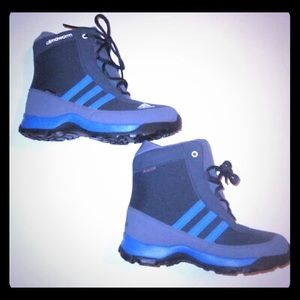 NWOT Climawarm Adidas Kids Boots
